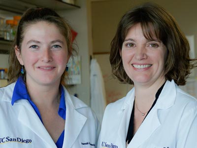 Hannah Grunwald and Assistant Professor Kimberly Cooper